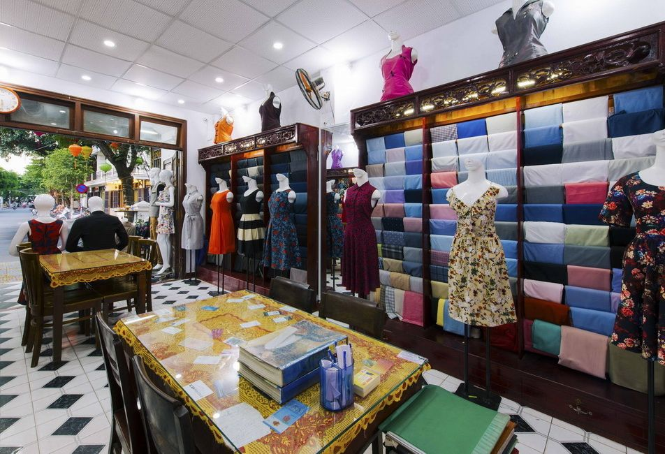 minh nhi - hoi an tailor shop - about us